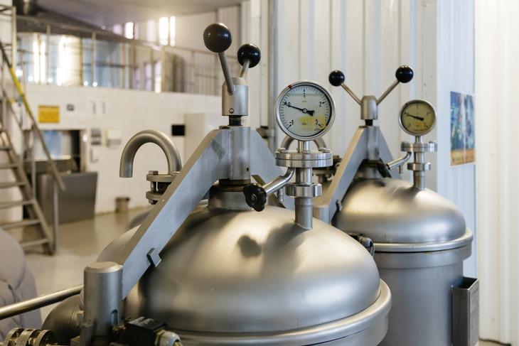 工場の圧力タンク